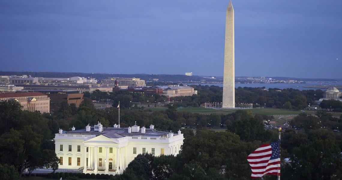 Washington DC Photography, White House with Washington Monument evening